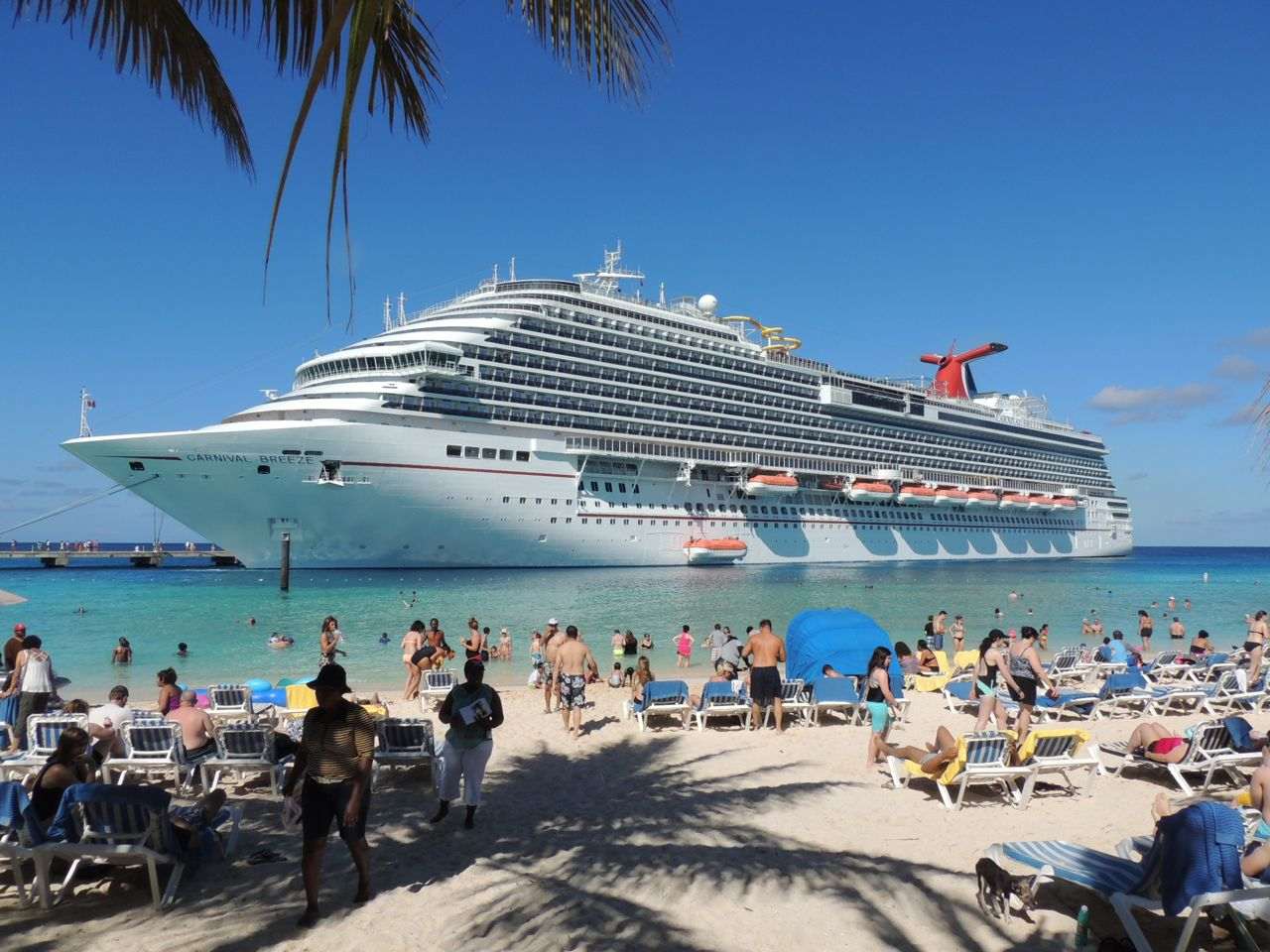 Carnival Breeze at Grand Turk